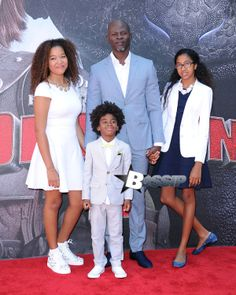 Djimon with his son and step daughters (Kimora Lee Russell Simmons daughters) at 'How To Train Your Dragon 2' Premiere