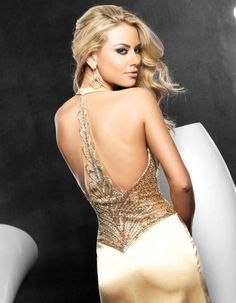 25 Fabulously Sexy Backless Dresses; Find More Ideas