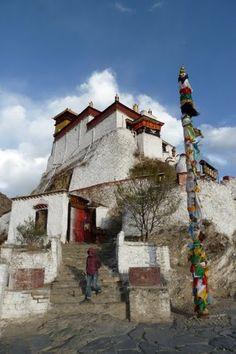yambu+lagang+palace   2011 藏区行. 雍布拉康