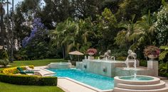 Oasis retreat in this spa like backyard
