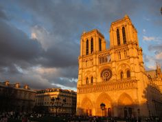 Notre Dame Cathedral at the golden hour <3