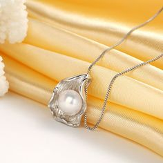 Elegant Necklace with Real Natural Freshwater Pearl
