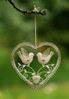 Love birds in a heart, decoration I Love Heart, Key To My Heart, With All My Heart, Happy Heart, Heart Art, Love Symbols, All You Need Is Love, Be My Valentine, Valentine Hearts