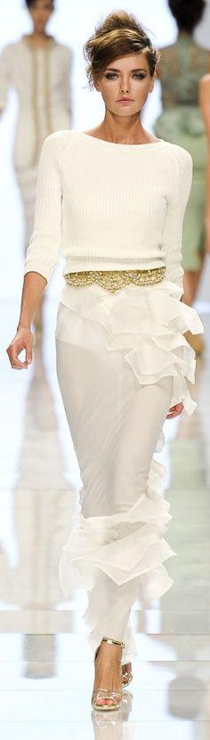 #street #fashion Ermanno Scervino spring all-white @wachabuy