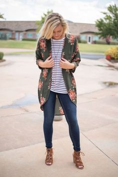 Kimono cardigan-Top Thrifty Shopping Ideas for Fashion Lovers – Just Trendy Girls
