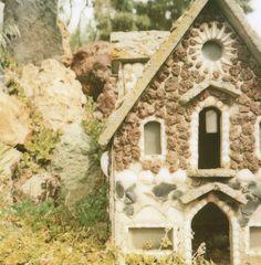 Peterson Rock Gardens: Miniature stone house via Hula Seventy