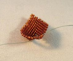 How to Make Russian Style Leaves Using Peyote Stitch: Connect the Two Sides