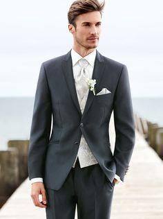 5a52e0d9b Men Wedding Suits 2017 Custom Made Gentleman Men Suits Slim Fit Groom  Groomsman Blazer suits for men 2 piece (Jacket+Pants). Robert s · Trajes De Boda  Para ...