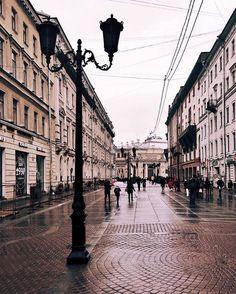 3,882 отметок «Нравится», 6 комментариев — Санкт-Петербург (@sankt__peterburg) в Instagram: «Доброе утро, Петербург 😘 #питер#мойпитер#санктпетербург#петербург#piter#спб#питер❤️»