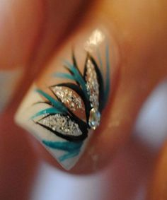 Most Fabulous Peacock Nail