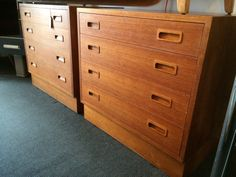 £150 each or £280 for the pair.  Offered individually, or as a pair this identical set of 1960s Danish four drawers chest are built with a minimalist