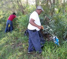 Fellsmere community rallies to clean up trash around Grant Park w/photos