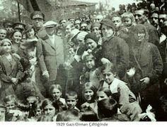 """""""Türkiye Cumhuriyeti'ni kuran Türkiye Halkı'na Türk Milleti denir."""" Ne Mutlu Türk'üm Diyene! ATATÜRK"""