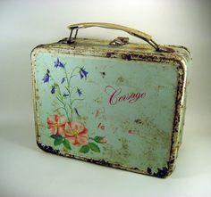 I had this lunch box in kindergarten! my mom just found the thermos that goes with it in her basement! 47 yrs old-its a little rusty but sitting on my kitchen bulkhead! neat!