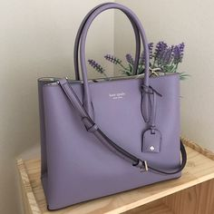 Authentic Kate Spade Eva Breezy floral ditsy Medium satchel Lilac Brand new with tags (width) x (height) x (depth) Handles are drop Long shoulder strap included Kate Spade Satchel, Kate Spade Handbags, Kate Spade Purse, Luxury Purses, Luxury Bags, Accesorios Kate Spade, Dr Shoes, Bridal Handbags, Trendy Purses