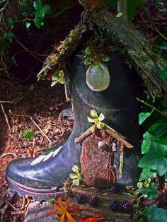 Best diy miniature fairy garden ideas (73) #artsandcraftsgoogle, #GardenIdeas