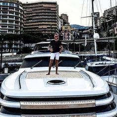 #PortHercule Впервые в монако попал по воде!)) очень красиво! Обгаревший и довольный) by antonneb from #Montecarlo #Monaco