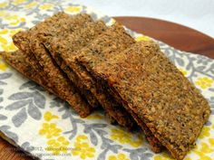 Gluten-Free Low-Carb Chia Flax Crackers easy recipe 1/2 c.  Golden Flaxseed Meal 1/4 c.  Chia Seeds 1/4 c. Golden Whole Flax Seeds 1 c. Filtered Water 1/4 tsp. Garlic Powder 2 Tbsp.  Coconut Secret Raw Coconut Aminos 1/8 tsp. Celtic Sea Salt