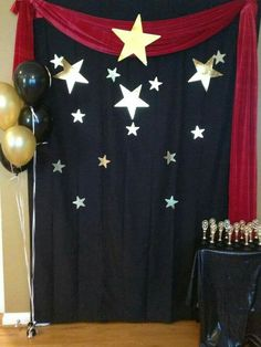 Red Carpet Theme, Red Carpet Party, Carpet Colors, Prom Themes, Movie Themes, Star Wars Party, Hollywood Thema, Fete Laurent, Kino Party