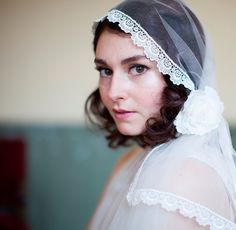 Agnes Hart ~ Vintage Style Wedding Headpieces, Hats and Veils.   Find the Agnes Hart Etsy store here --> http://www.etsy.com/uk/shop/AgnesHart  Photography by http://www.christinasolomons.com/