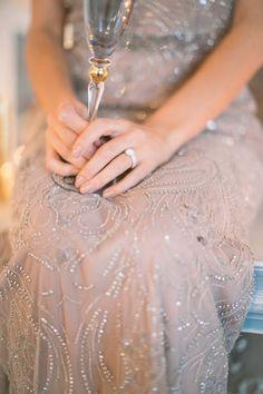 Faszinierende Tortenkunstwerke in Vollendung mit einer winterlichen Schloss Hochzeitsinspiration Photography:  Sandra Marusic Dress: Boutique Zoro