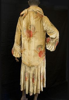 1920s clothing at Vintage Textile: #2210 beaded flapper coat