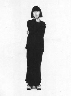 Rei Kawakubo is this year's Met Gala legend - Luisa World Rei Kawakubo, Tokyo Fashion, High Fashion, Fashion Beauty, Fashion Art, Krystal Jung, Japanese Fashion Designers, Kiko Mizuhara, Lookbook
