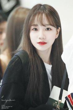 (Credits to the real owner/s) Yuri, Kpop Girl Groups, Kpop Girls, K Pop, Girl Artist, Uzzlang Girl, Japanese Girl Group, Star Girl, Kim Min