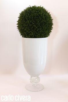 Vaso vetro lavorato a mano con sfera bosso. http://carlocivera.org  #vasovetro #sferabosso #composizione