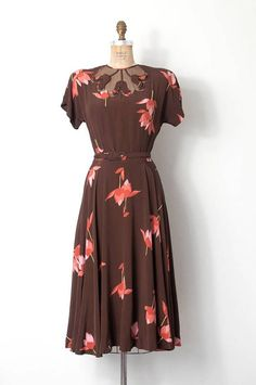 vintage 1940s dress / 40s floral printed rayon illusion dress #womensfashionvintagedresses