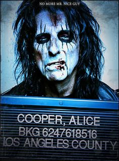 Alice Cooper promo image for Along Came a Spider. (2007)