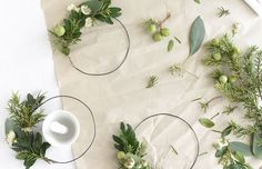 Looking for simple yet beautiful decorating and tabletop ideas for the holidays?