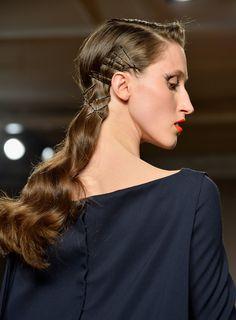 pinned hair at zac posen fall 2014