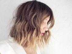 SHORT Wavy Hair Tutorial: MESSY, BEACHY TEXTURE