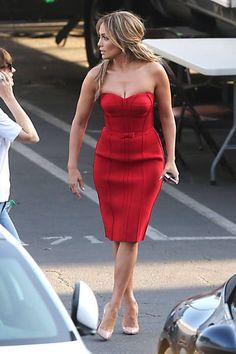 #fashion #style #inspiration #chic #lookbook #outfits #beauty #jenniferlopez #jlo #celeb