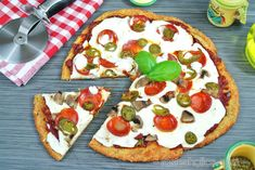 Who doesn't love pizza? That's why keto has it's own version. This low carb pizza will surprise you more than you think. Have keto pizza within an hour!