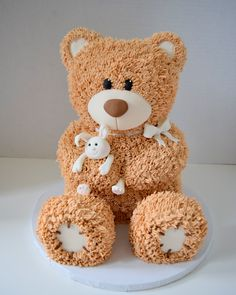 Welsh I think we should do a lumberjack birthday cake but a bear smash cake since Dave's first birthday cake was a bear. Teddy Bear Birthday Cake, Teddy Bear Cakes, First Birthday Cakes, Fondant Teddy Bear, Teddy Bears, Picnic Birthday, Sculpted Cakes, Bear Party, Novelty Cakes