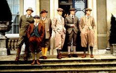 Gosford Park circa the Period Drama Movies, Period Dramas, Victorian Gentleman, Movie Screenshots, English Country Style, Old Money, The Secret History, Art Poses, Hunting Clothes