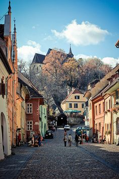 Sighisoara, Romania (by Ioana_Lungu) (All things Europe) Places Around The World, Oh The Places You'll Go, Places To Travel, Places To Visit, Around The Worlds, Travel Destinations, Bósnia E Herzegovina, Les Balkans, Romania Travel