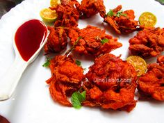 Crispy Chicken Pakora (Pakoda) is a quick and simple Indian fried chicken recipe, served as an appetizer. Crispy Chicken Pakora Ingredients, Easy Methods.