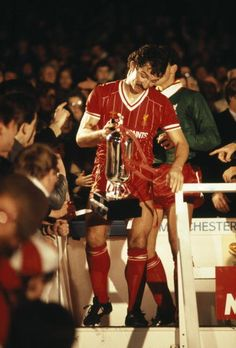 Liverpool captain Graeme Souness carrying the Milk Cup after they had defeated Everton 10 in the League Cup Final #LFC