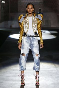My favorite look from @Dsquared2 SS17 WOMEN'S SHOW