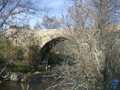 Puentes medievales de Canencia a ruta de los puentes medievales de Canencia de la Sierra, en la sierra norte madrileña, formada por Puente Canto, Puente de las Cadenas, Puente de Matafrailes.