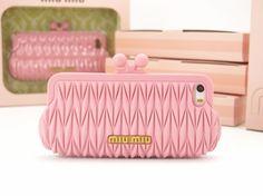 MIUMIUミュウミュウしわ加工バッグ型アイフォンiPhone5S/SEケース