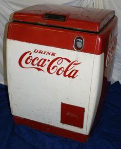 Vintage Coca Cola Coke Refrigerated Machine Box Chest Cooler Chest