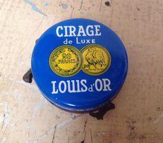 Vintage French Louis d'Or shoe polish tin box by karmolijntje
