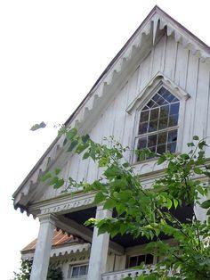 Carpenter Gothic Details