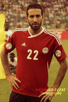 #Aboutrika #Egypt #Ghana :( Football Icon, World Football, Football Players, Al Ahly Sc, Boy Photography Poses, Liverpool Fc, Ghana, Premier League, My Photos