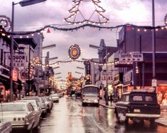 Old Lights on Bergenline Avenue @ Christmas Time-Glorious-The first sign of Christmas when you were a kid.