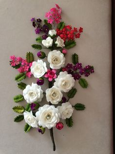 Koza Crafts To Do, Felt Crafts, Paper Crafts, Diy Crafts, Ribbon Embroidery, Embroidery Designs, Crepe Paper Flowers Tutorial, Wonderful Flowers, Paper Quilling